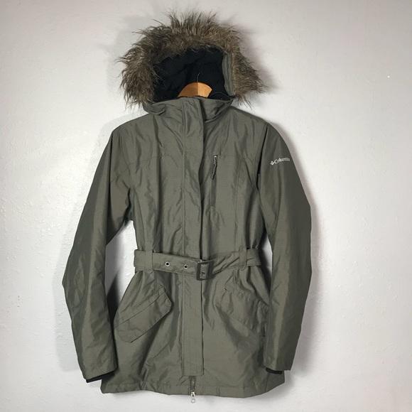f5a41d21b8f5f Columbia Jackets   Blazers - Columbia Carson Pass 2 Belted Jacket Omni Heat  XS